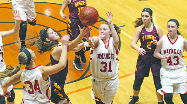 Lady Raiders fall in District Tourney