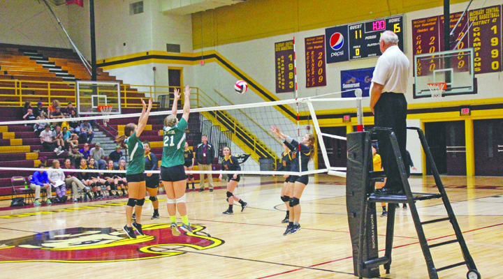 Lady Raiders Volleyball defeat Williamsburg, Cumberland County